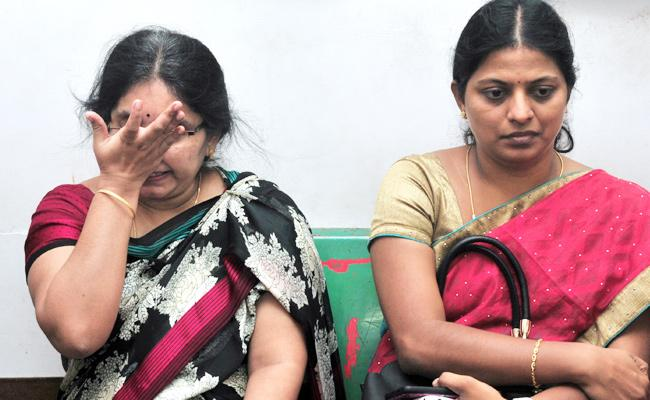 MBBS Student Geetika postmortem Compleat In Chittoor - Sakshi