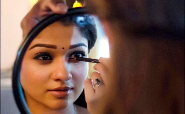Nayantara Costly Gift To Vignesh Shivan - Sakshi