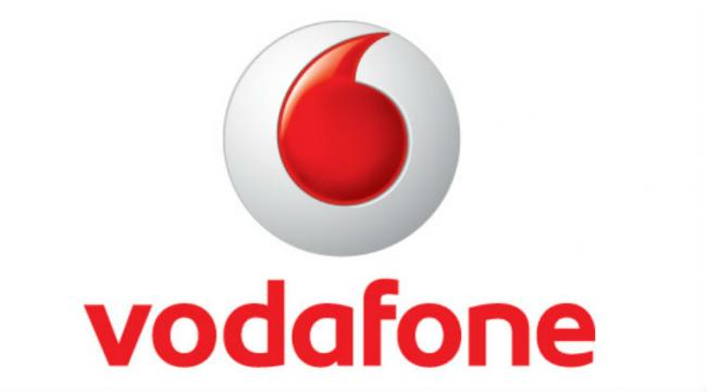 Vodafone Rs. 99 Recharge Offers Unlimited Calls to Compete with Jio, Airtel - Sakshi
