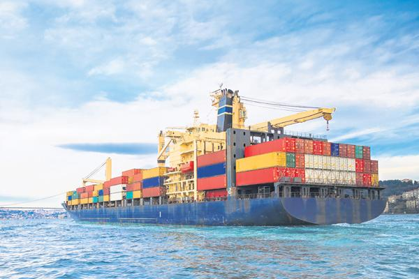 Trade deficit widens to 5-yr high in July - Sakshi