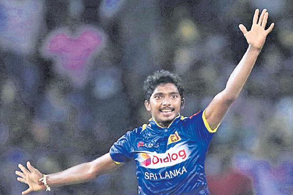 Sri Lanka beat South Africa by 3 wickets in the only T20I match - Sakshi