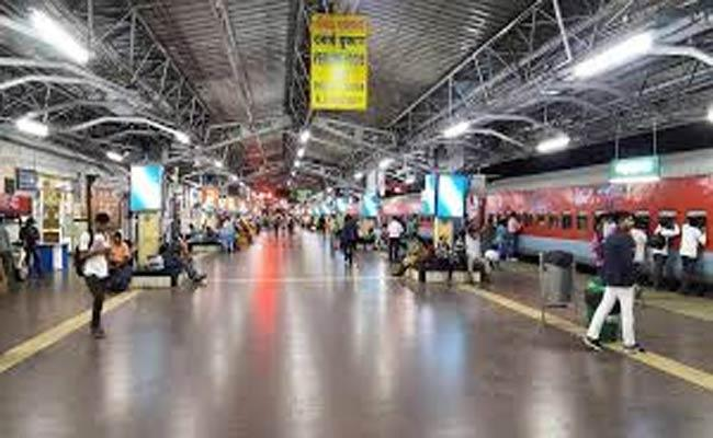 Bhubaneswar Is A Clean Railway Station - Sakshi