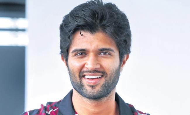 Special chit chat with vijay devarakonda - Sakshi