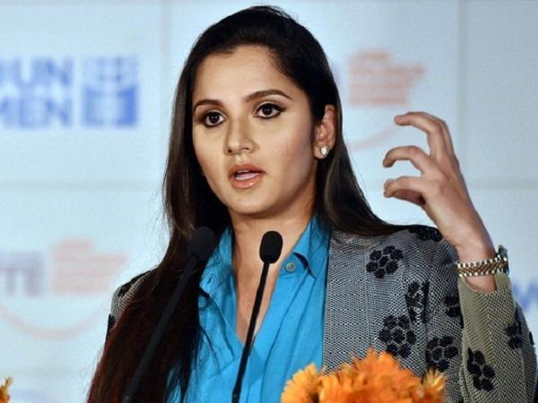 Sania Mirza Shuts Down Troll Who Questioned Her Nationality - Sakshi