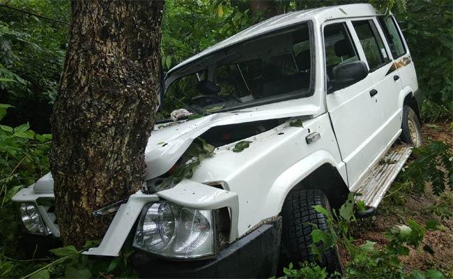 Police Car Accident..Four Injured - Sakshi