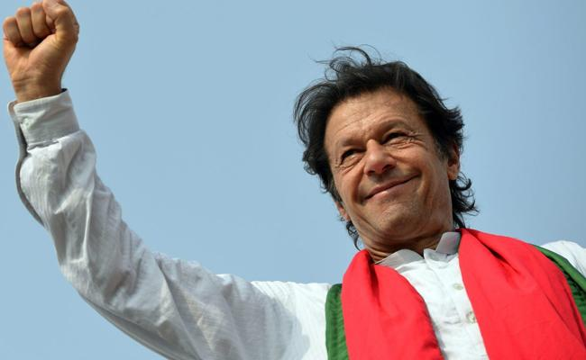 Imran Khan Elected As Pakistan New Prime Minister - Sakshi