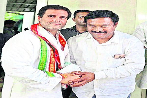 New Excitement In Congress Party Adilabad - Sakshi