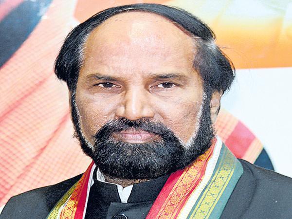 Uttam Kumar Reddy Demands Central On Kerala Floods - Sakshi