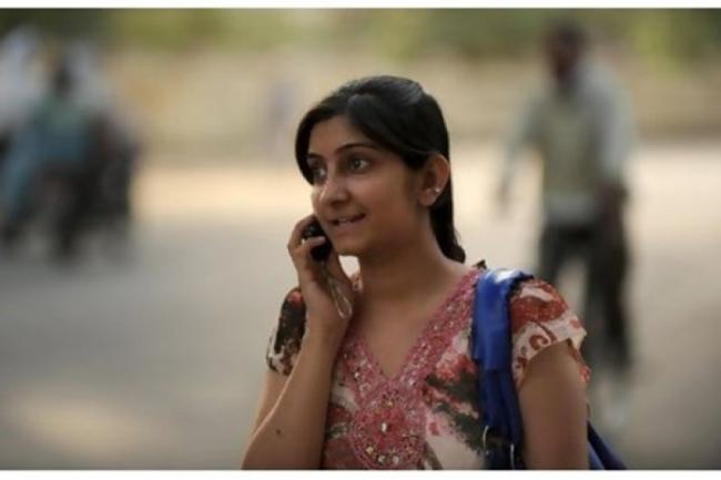 New Research Suggests Mobile Phones Do Not Cause Brain Cancer - Sakshi