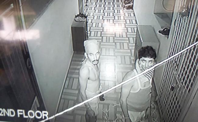 Cheddi Gang Robberies In Guntur - Sakshi