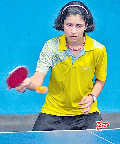 Naina, Lasya to Fight in Title of State Ranking TT - Sakshi