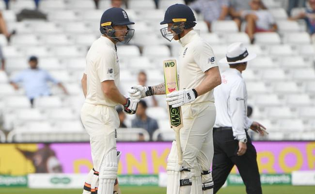 Jos Buttler Half Century In 3rd Test Against Team India - Sakshi