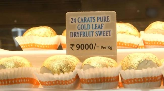 Gold Sweets Sold At Sweet Shop In Surat Ahead of Rakhi - Sakshi