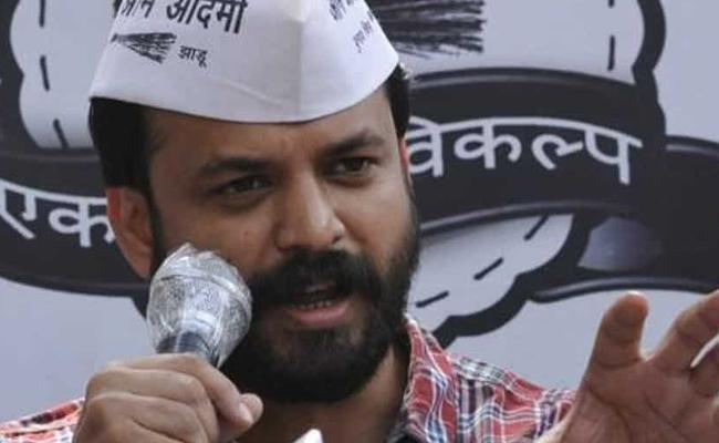 AAP Senior Leader Ashish Khetan Resigns To Party - Sakshi