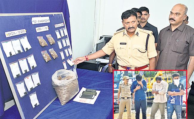 Smugglers Arrest In Hyderabad - Sakshi