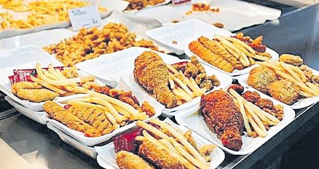 Ban on junk food sales in colleges - Sakshi