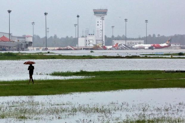 Kochi airport will reopen 3 days after flood water have receded - Sakshi