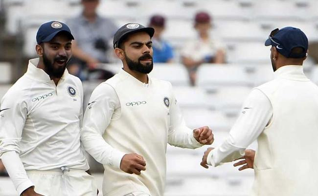 Team India Will Donate Test Match Fees To Kerala Flood Victims - Sakshi