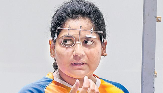 Rahi Sarnobat strikes gold in 25m pistol event - Sakshi