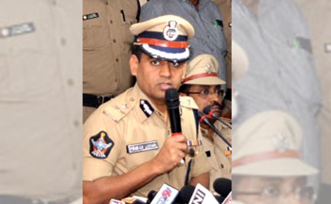 Mahesh Chandra Laddha Warning To Rowdy Sheeters Visakhapatnam - Sakshi