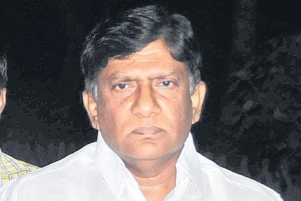Vinod Kumar request to Piyush Goyal on new railway line - Sakshi