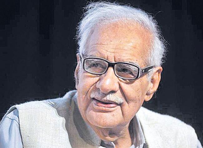 Veteran journalist Kuldip Nayar passes away - Sakshi