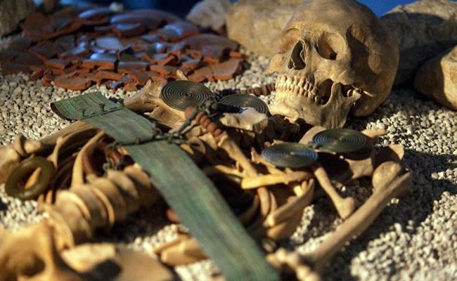 Austrian Oldest Salt Mine Reveals Bronze Age Secrets - Sakshi