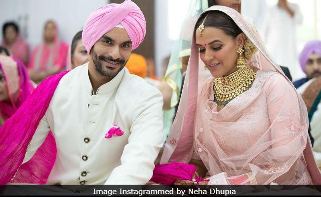 Neha Dhupia Confirms Her Pregnancy In The Cutest Way! - Sakshi