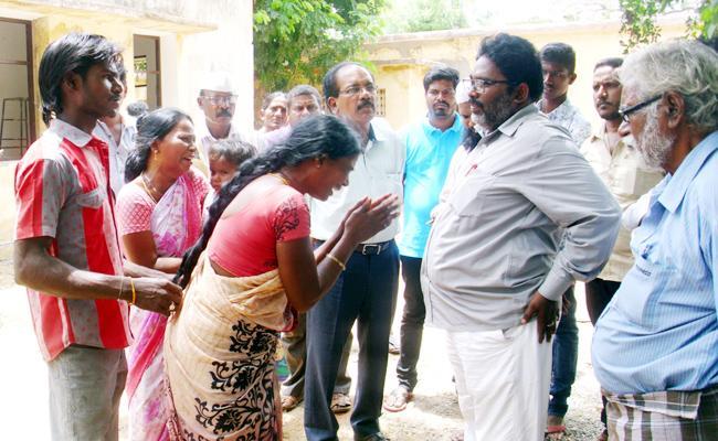 Tenth Class Student Suspicious death Gurukul School PSR Nellore - Sakshi