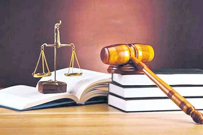 Supreme Court Verdict On GO 550 Over Medicine Courses - Sakshi