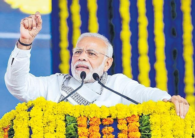 PM Narendra Modi Help To Kerala Over Floods - Sakshi