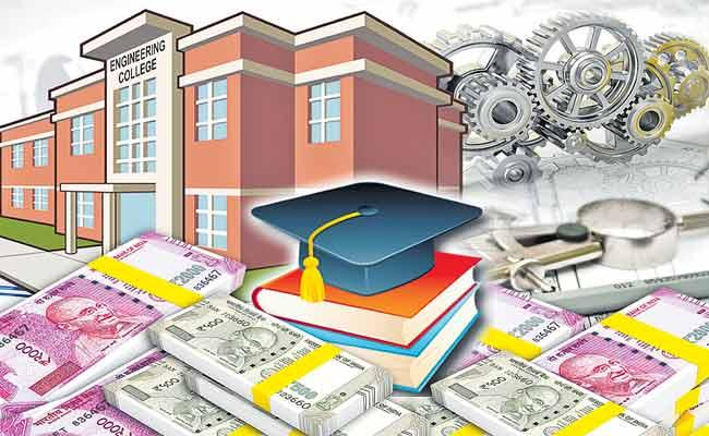 High Fees At Engeneering Colleges In Hyderabad - Sakshi