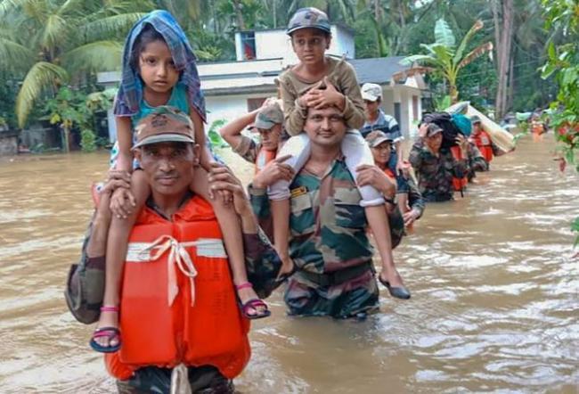 Apple Donates Rs 7 Crore For Keralas Flood Victims - Sakshi