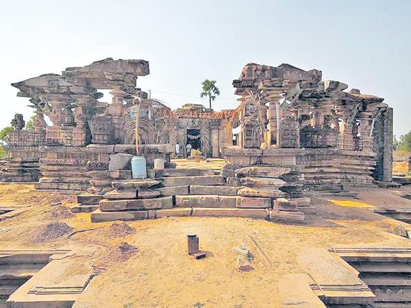 Temples of Kakatiya period were destroyed - Sakshi