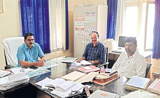 Land Survey With GPS Policy - Sakshi