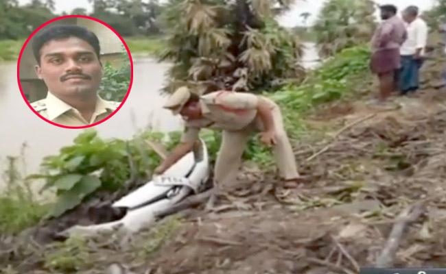 Accident At Ghantasala Karakatta In Krishna District - Sakshi