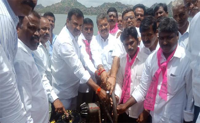 MLAS Krishna River Water Reels Mahabubnagar - Sakshi