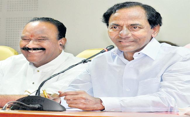 KCR View On Early Polls Trikaalam Article - Sakshi