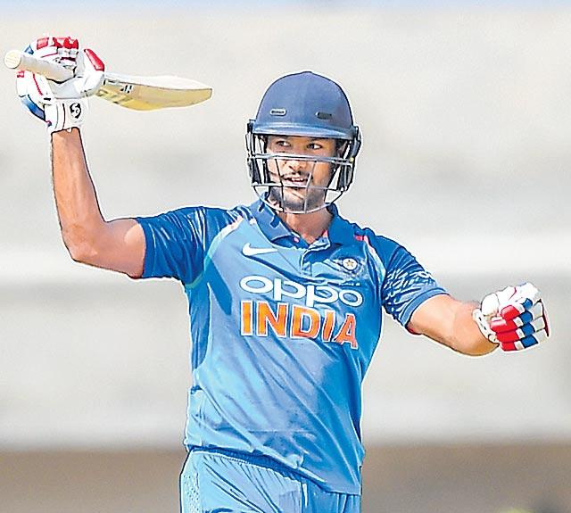 Mayank Agarwal century steers India B into final - Sakshi