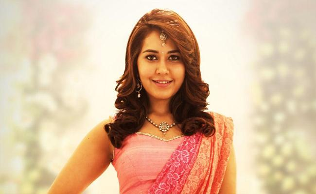 Raashi Khanna Getting Busy Kollywood - Sakshi