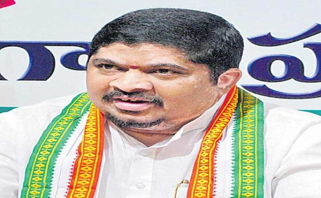 Secret Alliance Between TRS And BJP Says Ponnam Prabhakar - Sakshi
