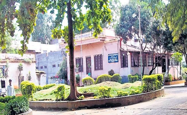 No Development In Kuda - Sakshi