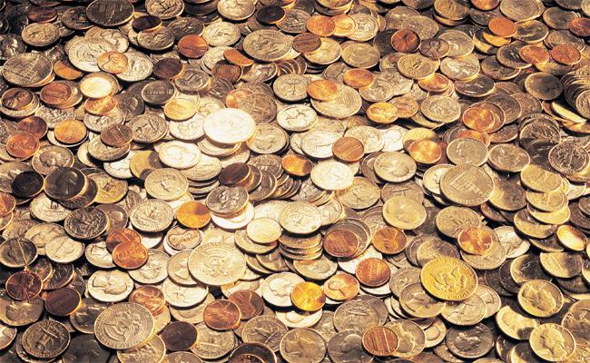 Coins Stack Jammed in TTD Officials Negligence - Sakshi