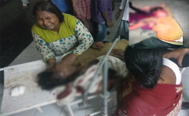 Road Accident In Prakasam - Sakshi