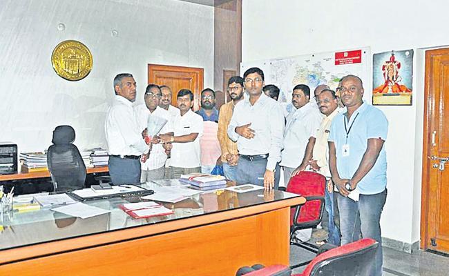 K Laxman Elected As TNGO Rangareddy President - Sakshi