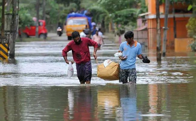 1,276 Dead Due To Rains, Floods Across India This Monsoon - Sakshi