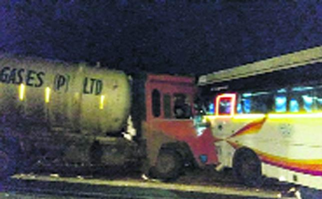 two Dies In Road Accident  - Sakshi