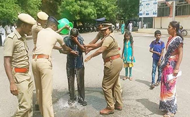 Family Suicide Attempt In Tamil Nadu - Sakshi