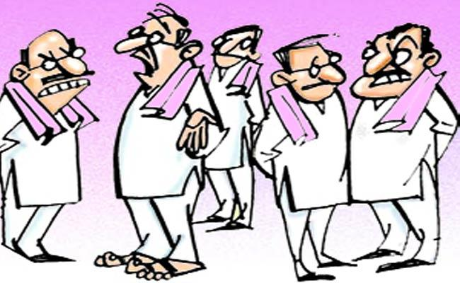 Tension In Khammam TRS Leaders - Sakshi