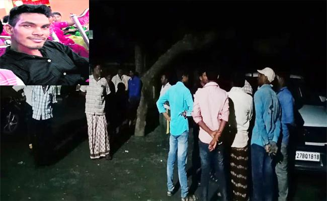 Young Man Kidnapped By Thieves In Prakasam - Sakshi